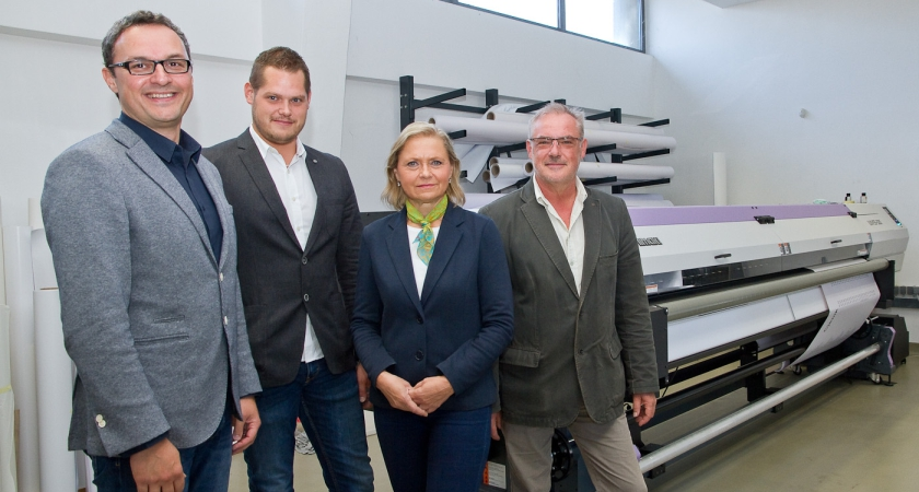 Linea invested in the latest Mimaki UJV55-320